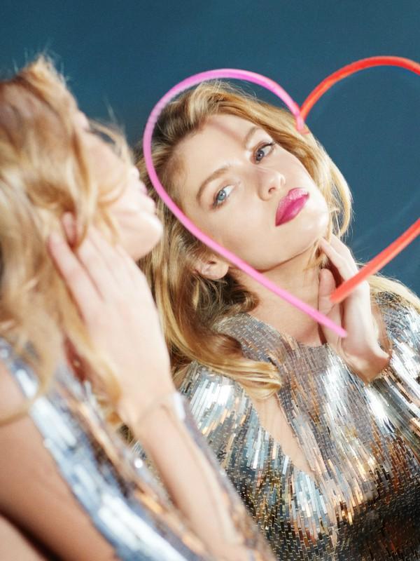 Model Stella Maxwell je novo Max Factor lice