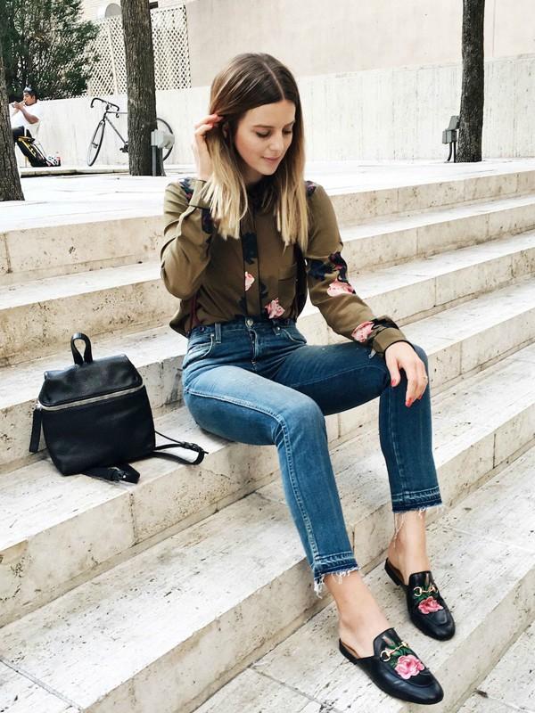 Prolećni šik: cipele sa cvetnim printom
