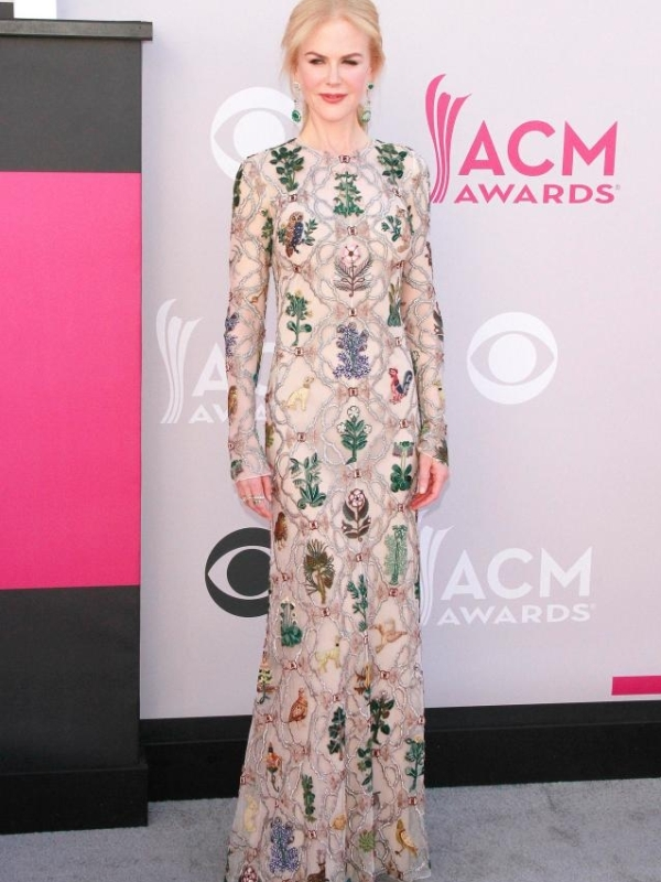 """Nikol Kidman je novo lice """"Victoria Beckham"""" kolekcije"""
