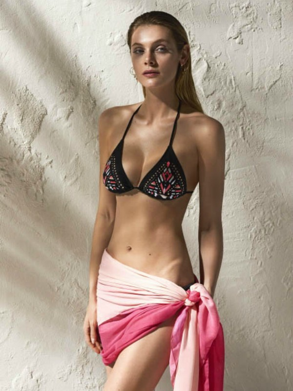 Reserved kolekcija kupaćih kostima inspirisana devedesetim