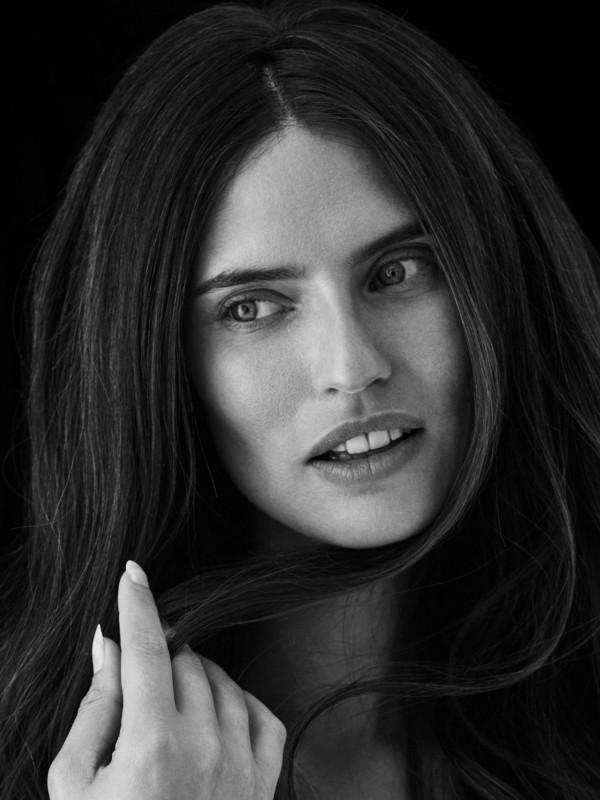 Bjanka Balti dizajnirala ekskluzivnu kolekciju za Yoox