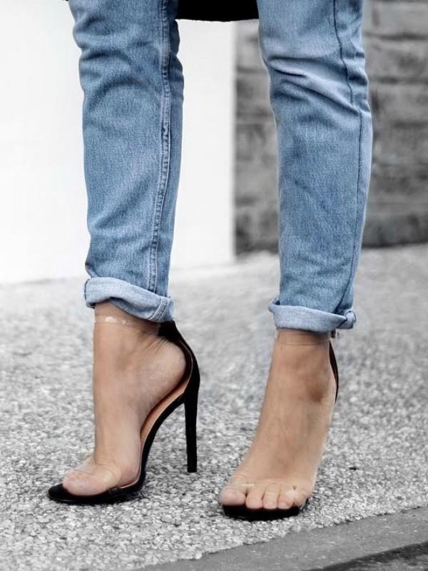 Cipele sa prozirnim detaljima