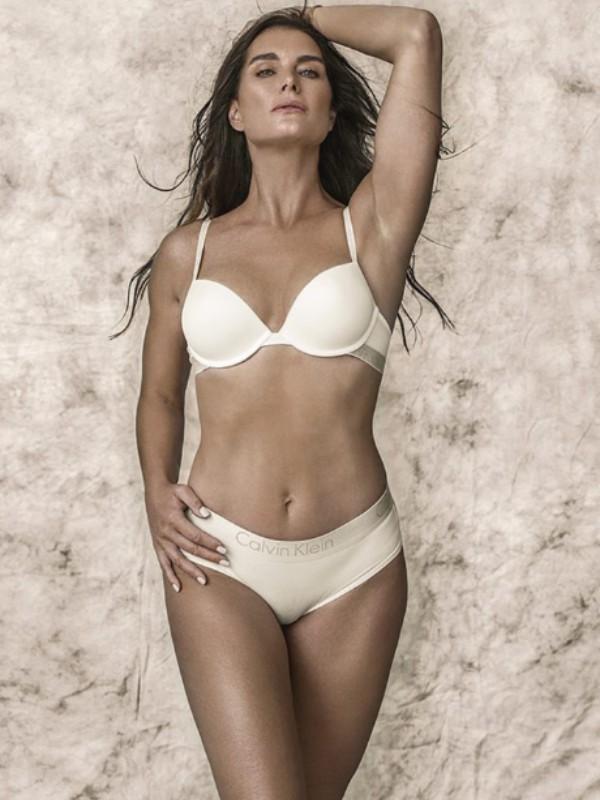 Flashback: 52-godišnja Bruk Šilds u Calvin Klein reklamnoj kampanji