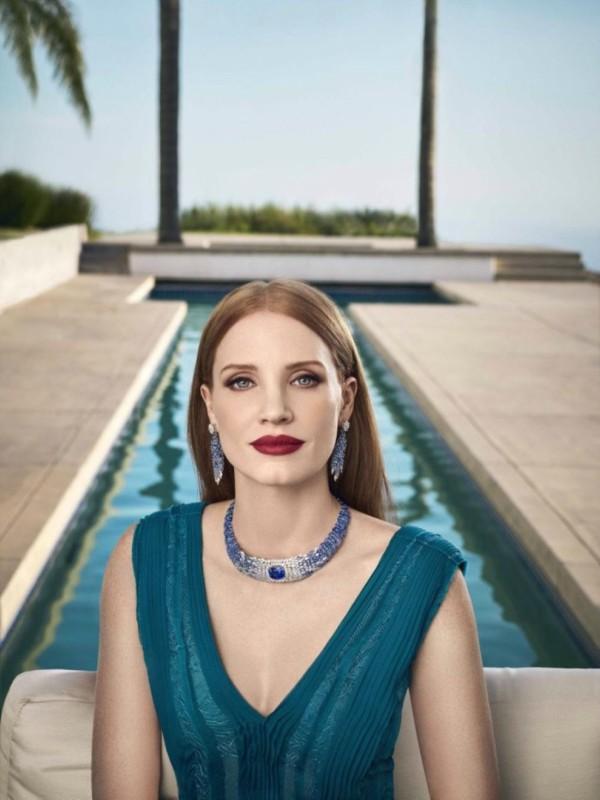 Crvenokosa zver: Džesika Častejn u novoj Piaget kampanji