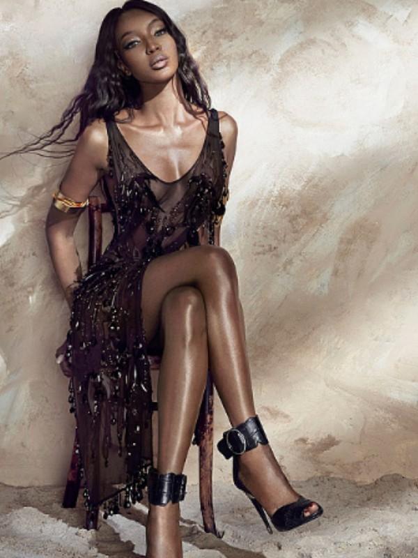 Naomi Kembel i Advoa Aboa u reklamnoj kampanji H&M