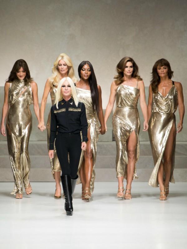 Oda ženama - Versace proleće/leto 2018
