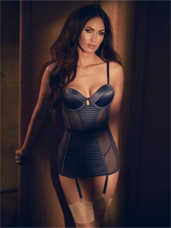 Megan Foks u reklamnoj kampanji donjeg rublja