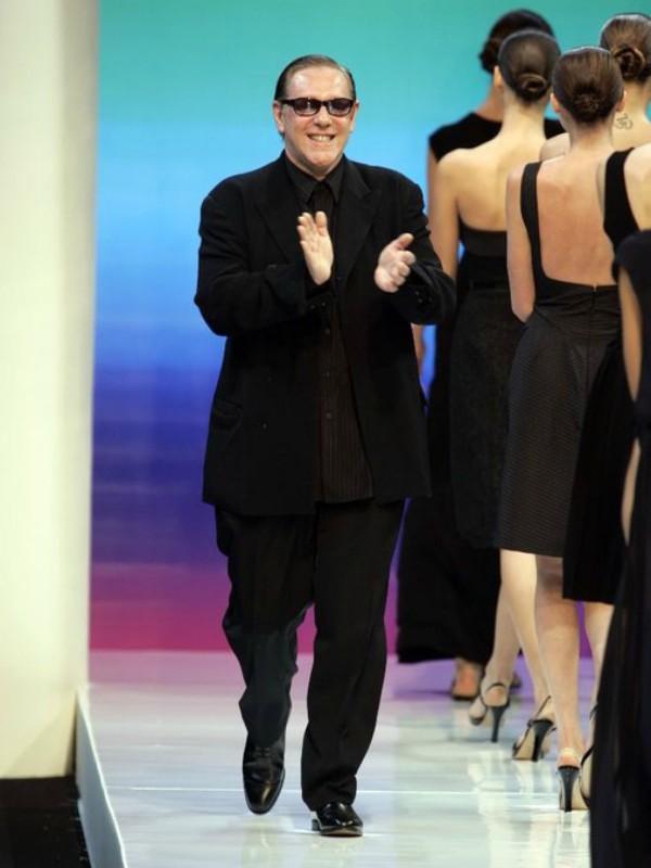 Sindi Kraford i još 12 zvezda u haljinama Hervé Léger