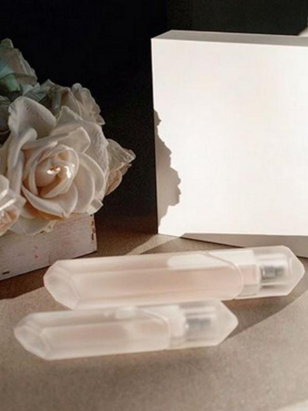 Kim Kardašijan je predstavila tri parfema Crystal Gardenia