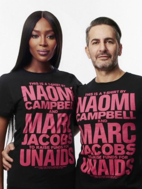Naomi Kembel i Mark Džejkobs lansirali kolekciju majica