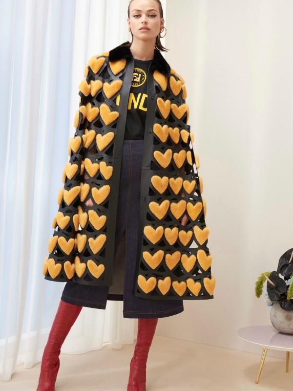 Kraljica srca - Fendi pre-fall kolekcija 2018