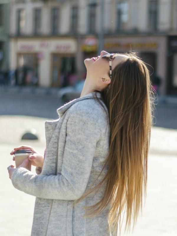 3 prirodna načina da kosa postane glatka i savršeno ravna