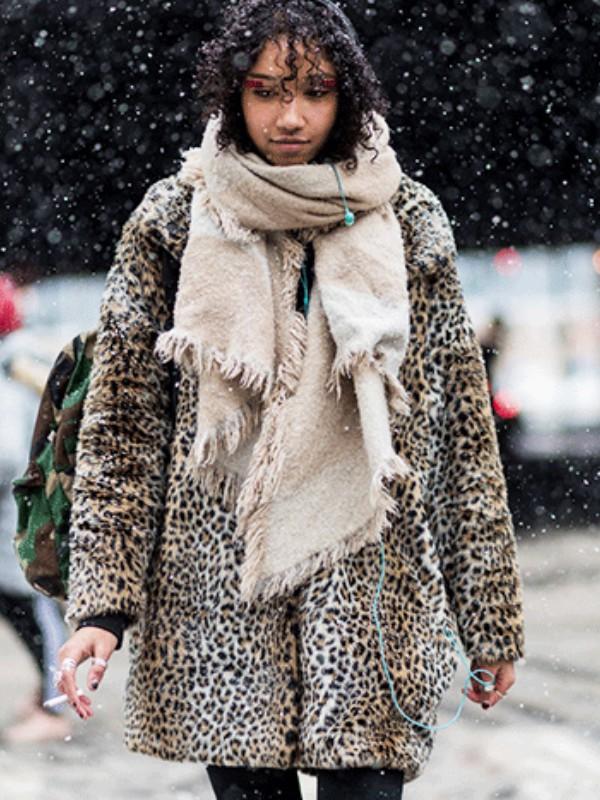 Pod snegom: kako se oblače junakinje street style-a