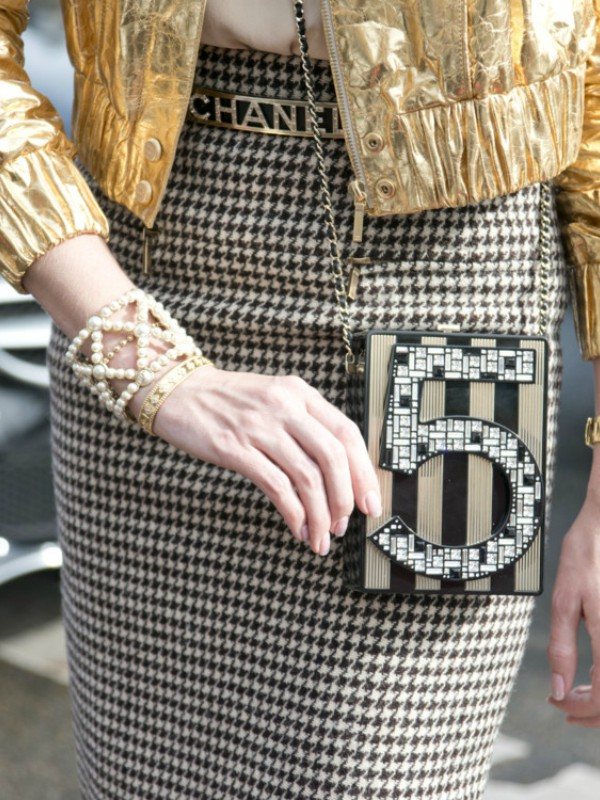 Street style: 40 načina da nosite zlatnu boju