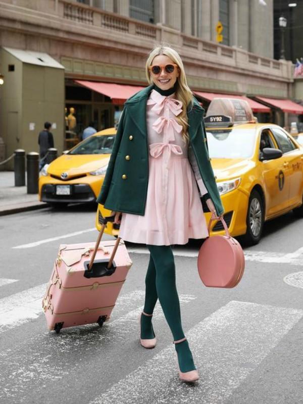 Kako nositi roze: stilski predlozi modne blogerke Bler Edi