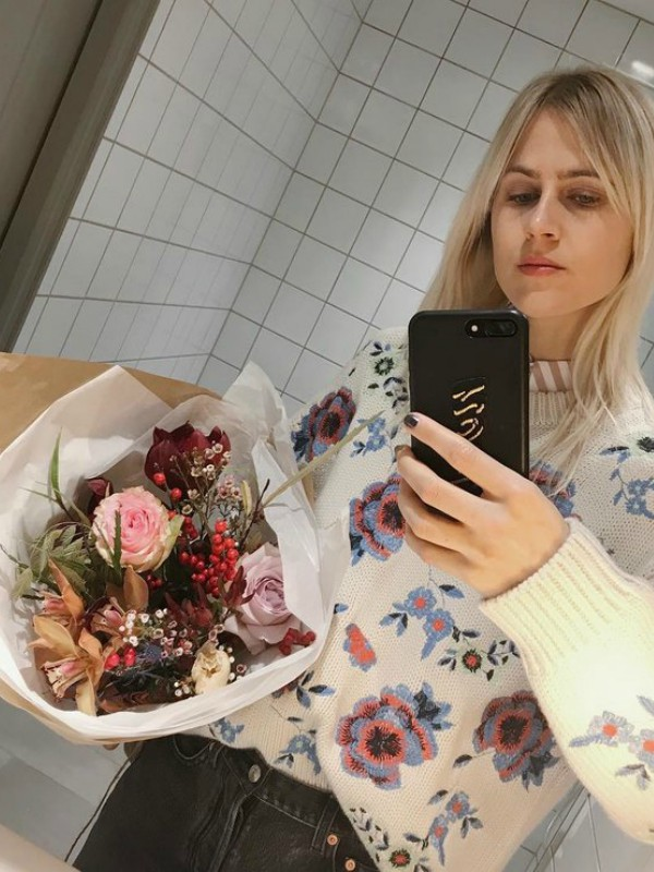 Najlepši cvetni džemperi za zimsku sezonu