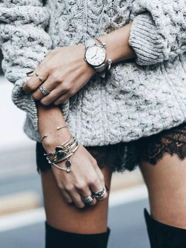 Ove zime nosimo: velike tople džempere + čipku
