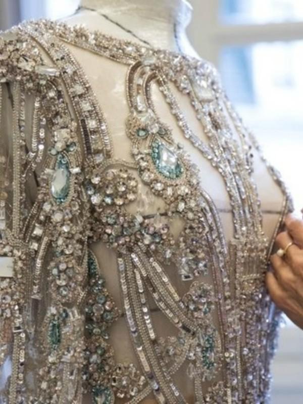 Kako nastaju bajkovite haljine Eli Sab-a