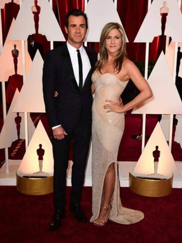 Dženifer Aniston se razvela od Džastina Terua