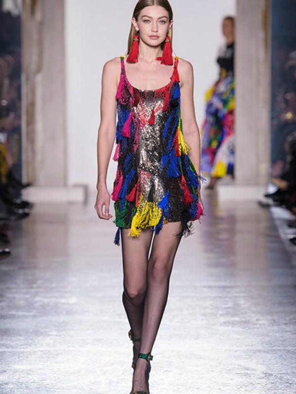 Povratak glamura: kolekcija Versace jesen/zima u Milanu