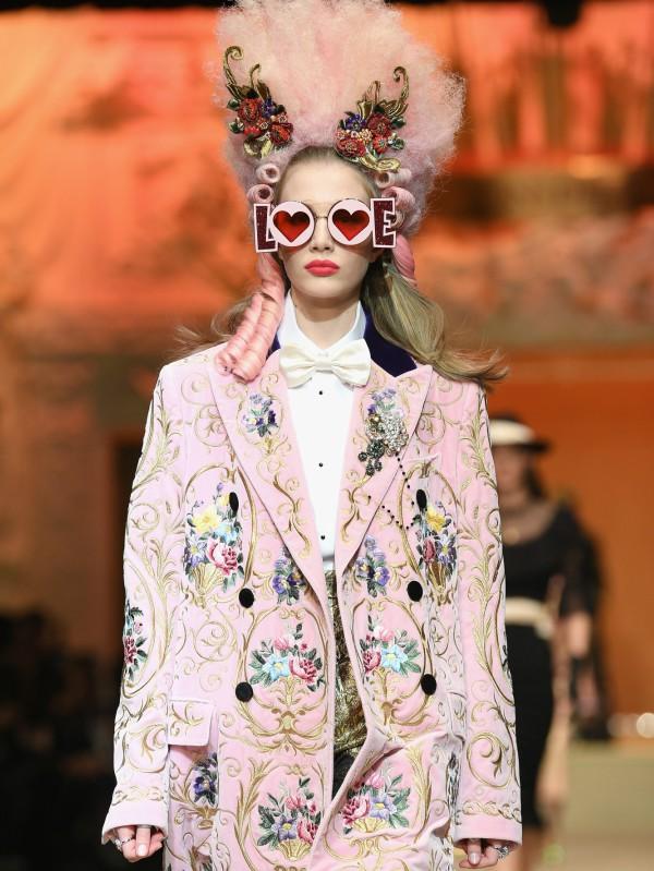 Napred u budućnost: u Milanu predstavljena revija Dolce & Gabbana