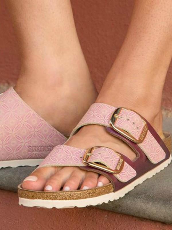 Birkenstock pokreće kolekciju Big Buckle papuča