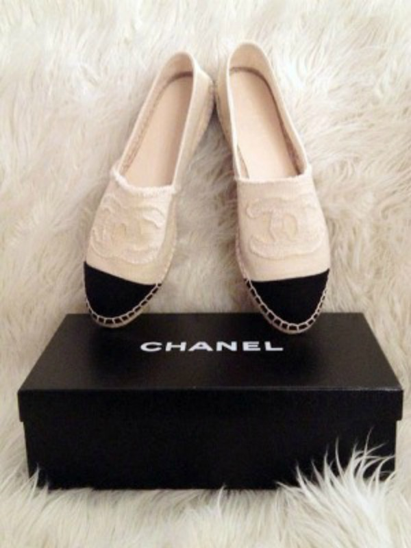 Kako poznate dame nose Chanel espadrile