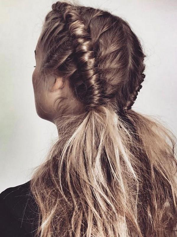 """Najmodernija frizura za leto 2018 - """"Pipe Braid"""""""