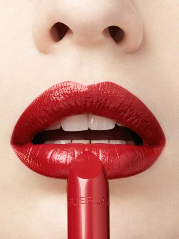Smrtonosna lepotica: novi ruž za usne Guerlain Rouge G