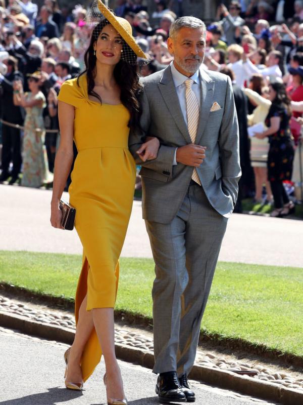 15 spektakularnih haljina i bluza u kanarinac žutoj boji