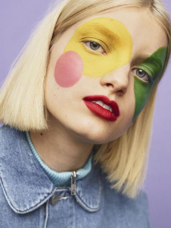 Brend voštanih bojica Crayola lansira makeup liniju