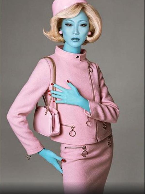 Modni vanzemaljci: Điđi Hadid i Kaja Gerber u reklamnoj kampanji Moschino