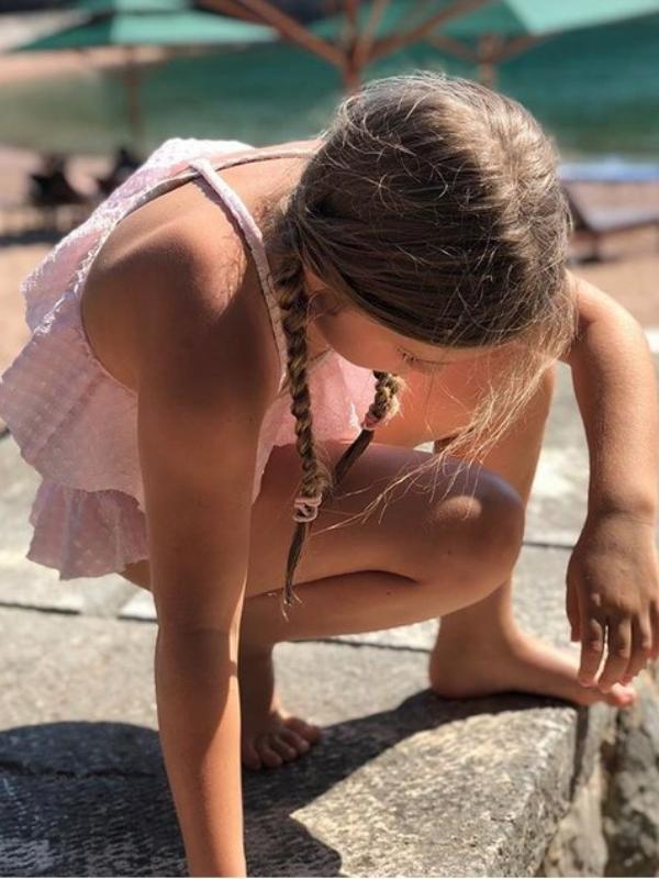 Porodična idila: porodica Bekam odmara u Crnoj Gori