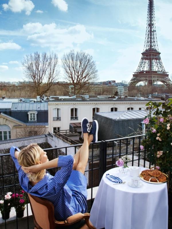 Jesen u Parizu: Popi Delevinj u reklamnoj kampanji Roger Vivier