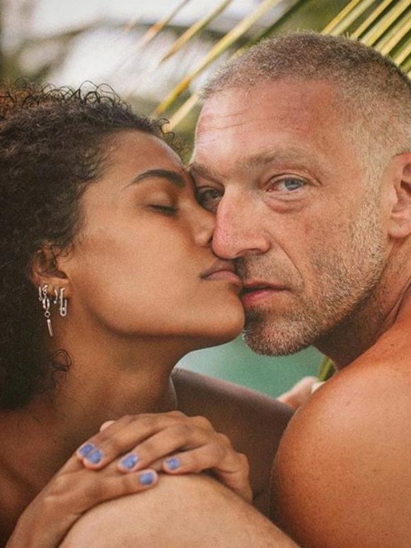 25 dokaza da Tina Kunaki i Vinsent Kasel imaju istinsku ljubav