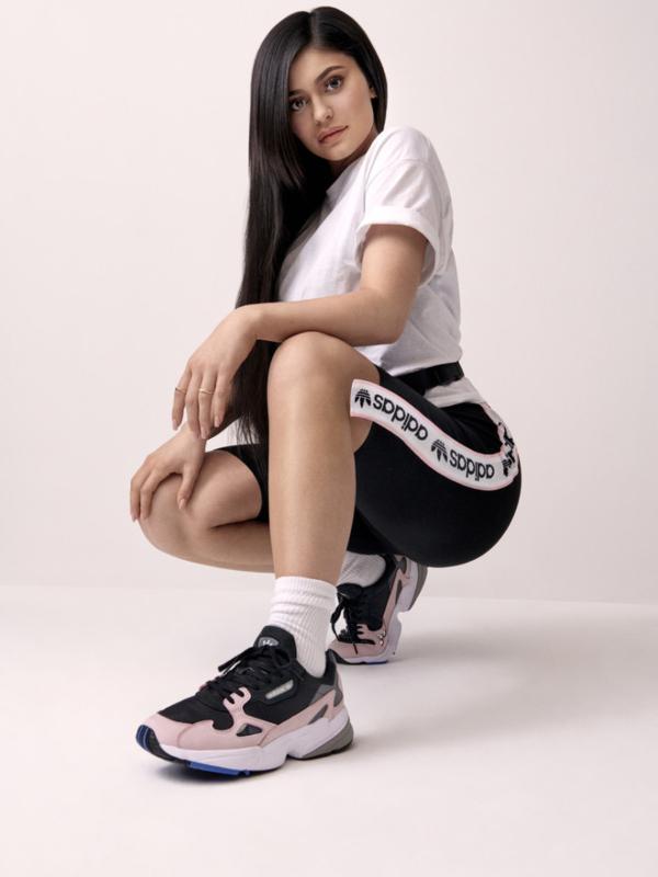 Kajli Džener – novo lice Adidas Originals