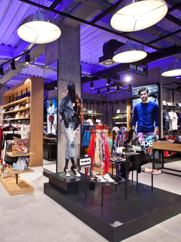LETO I DALJE TRAJE! Posetite outlet prodavnice Fashion Company u Inđiji