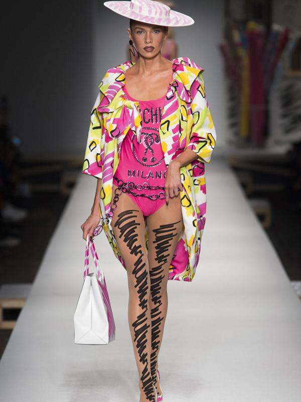 Neverovatna kolekcija Moschino na milanskoj nedelji mode