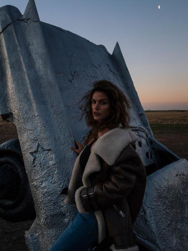 American Woman: Sindi Kraford u reklamnoj kampanji Acne Studios