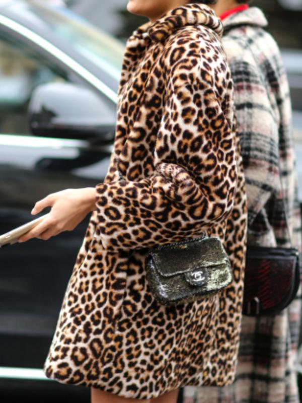 Hit zimske sezone – leopard kaput od veštačkog krzna