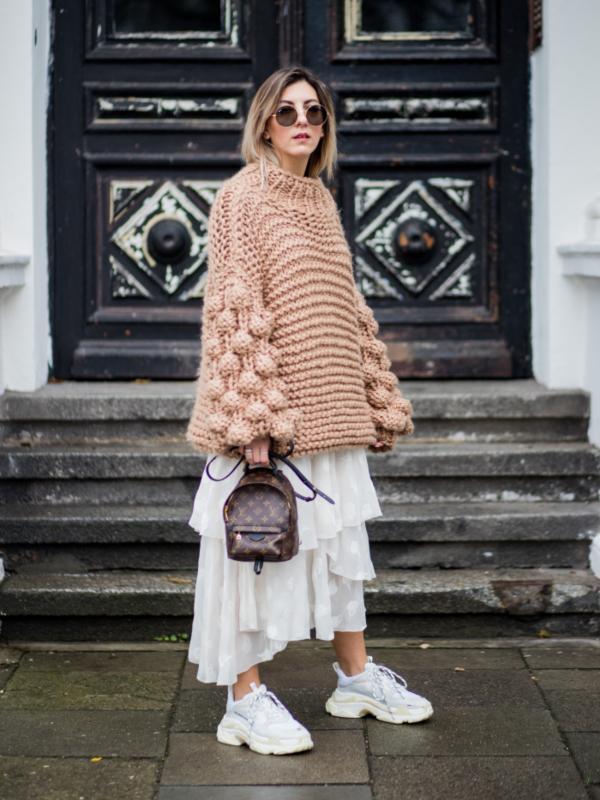 4 ideje o tome kako nositi letnju haljinu zimi