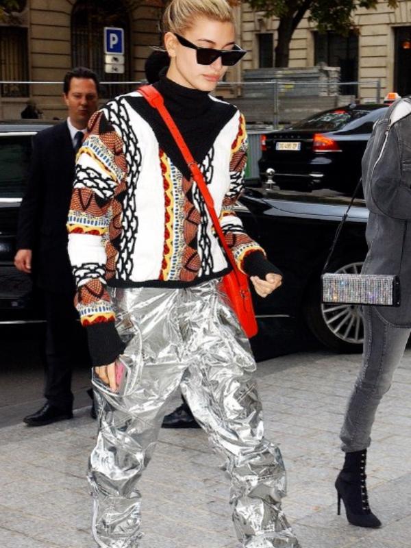 Street style: 30 stilskih odevnih kombinacija Hejli Boldvin