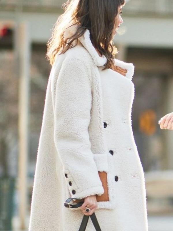 Beli kaput od krzna – osnova zimskog stajlinga