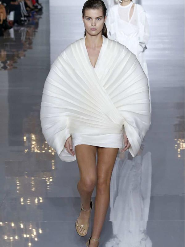 30 najomiljenijih haljina nove sezone