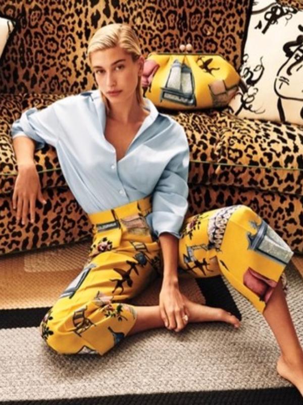 Hejli Biber u reklamnoj kampanji Weekend Max Mara
