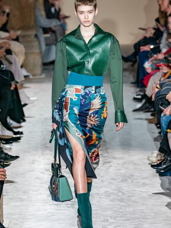 Koža u neočekivanim bojama i najlepše jakne na Salvatore Ferragamo reviji