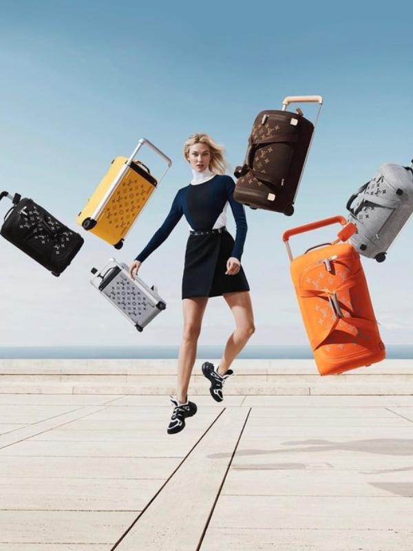 Karli Klos levitira u novoj kampanji Louis Vuitton