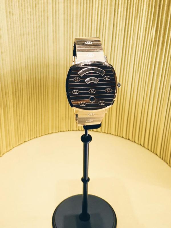 Gucci je predstavio novu liniju satova - Gucci Grip