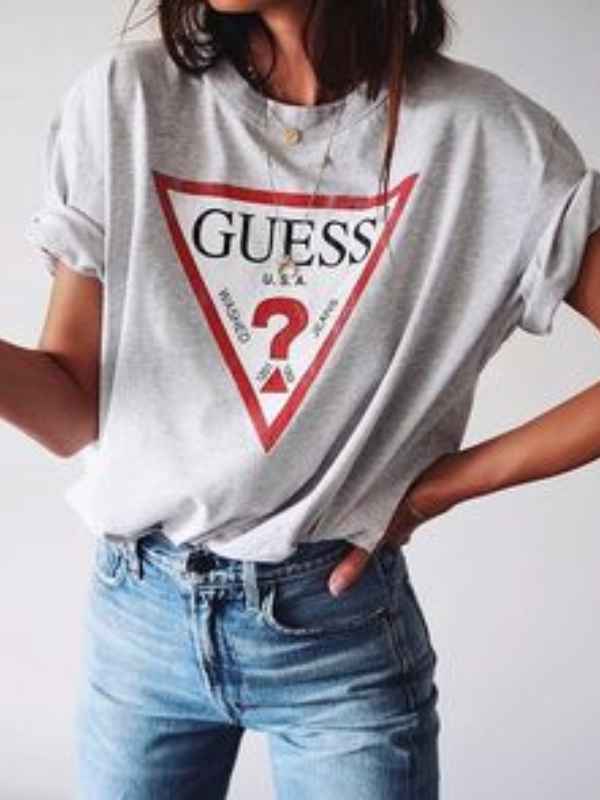 "Logomanija: 11 majica sa ""pozdravom"" iz omiljenih brendova"