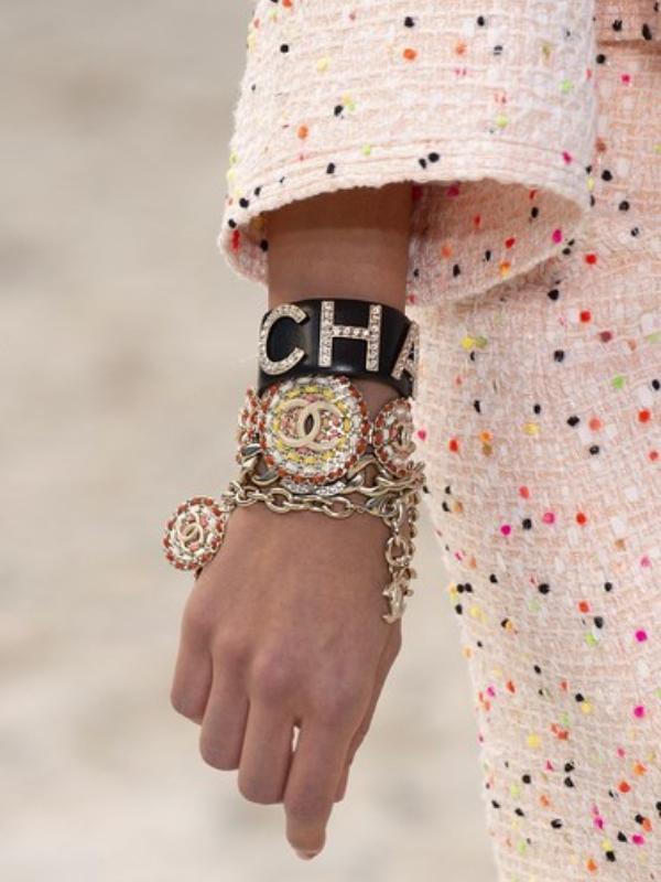 Trend u svetu nakita: masivne narukvice
